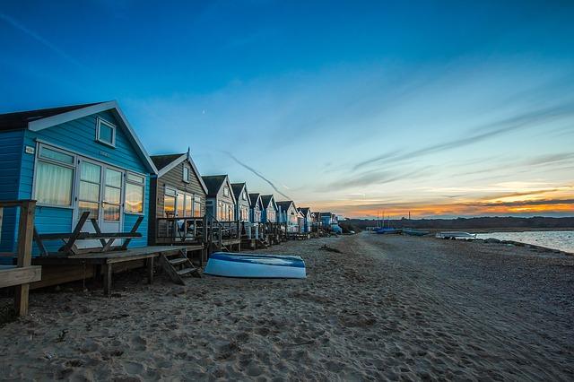 chatky na pobřeží