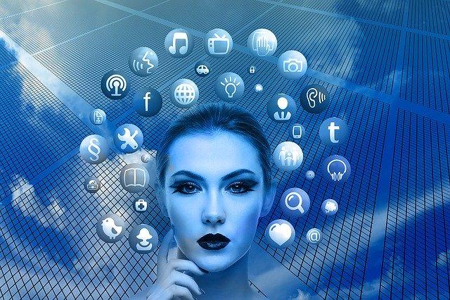 žena a informace